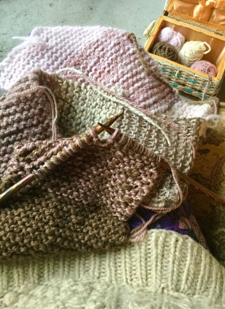 feels good finished knitting pr - laurabalducci | ello