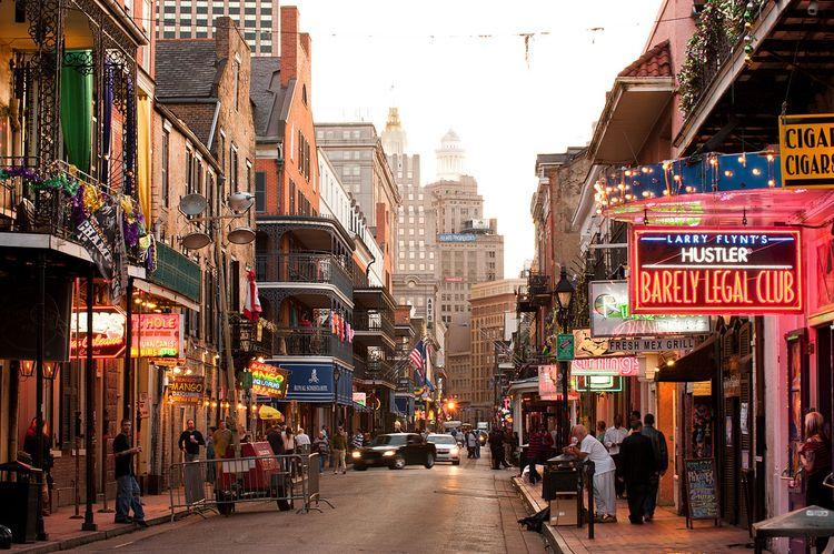 Orleans, Bourbon Street - travel - comaman | ello