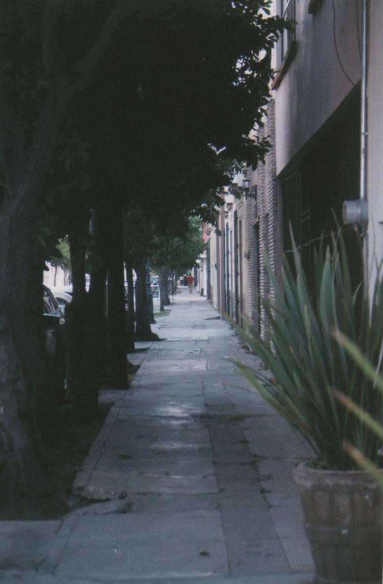 enjoy walking streets / Disfrut - kashhj | ello