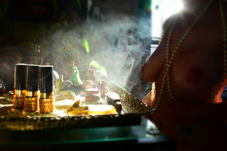 gold smoke - tturnonss, nude, nsfw - tturnonss | ello