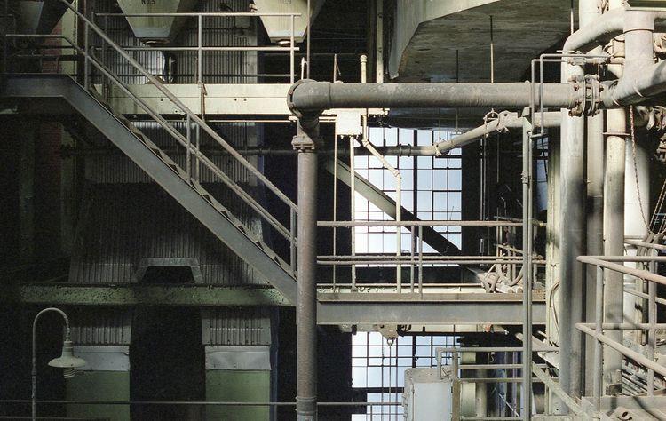 electric avenue - 35mm, canonf1n - urbannpigeon | ello