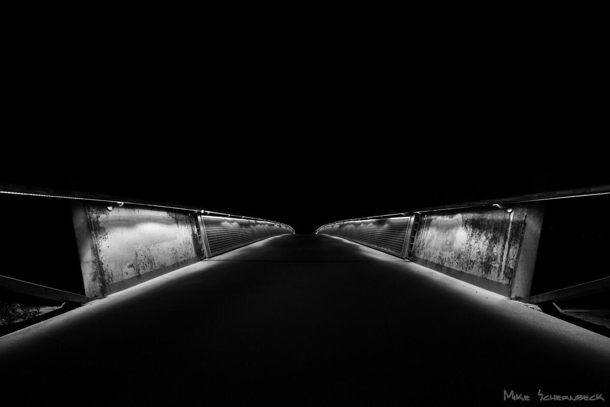 und cold shot 20mm lense - bridge - m0ke | ello