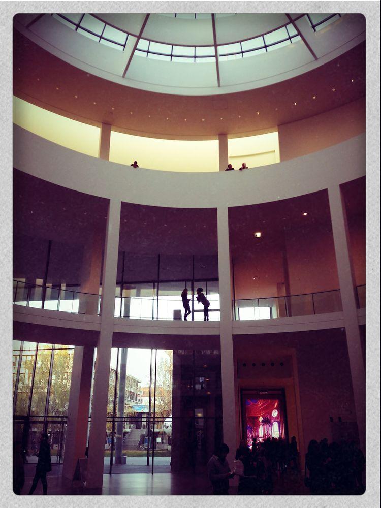 feed art Neue Pinakothek, Munic - intuitivelytaken | ello