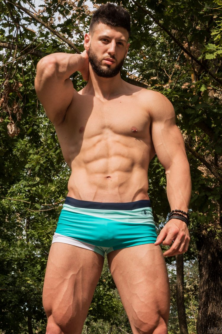 Jose posing - male, model, bodybuilder - mdzmanagement | ello