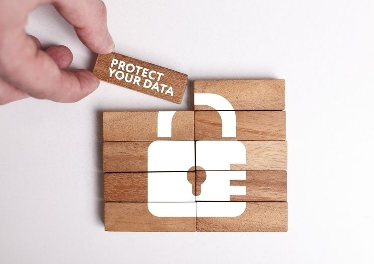 Data Private Internet lives acc - celinewilliams   ello