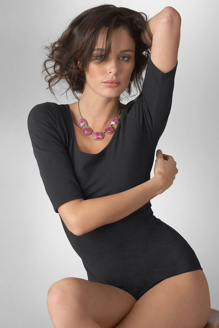 Nicole Trunfio Follow blog sear - gcesab | ello
