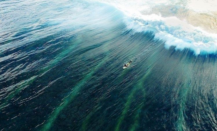 Drone Shot Victoria Bay, South  - mattzarchy | ello