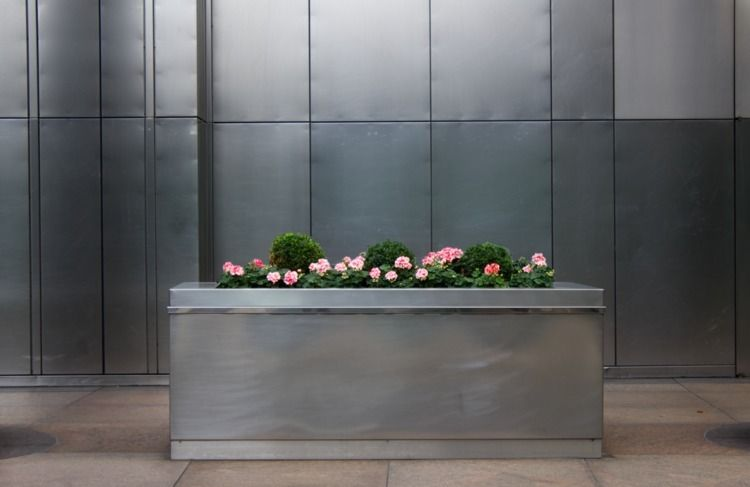 Stainless Steel Flowers - shaundunmall | ello