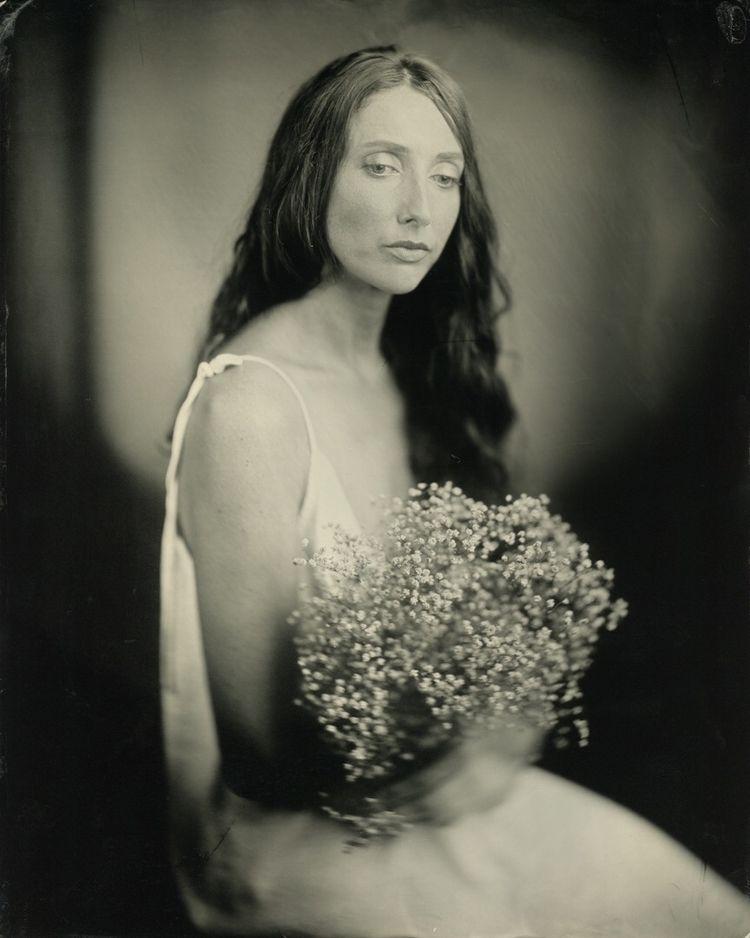 Portrait: Lady flowers monologu - thejohnnelson | ello