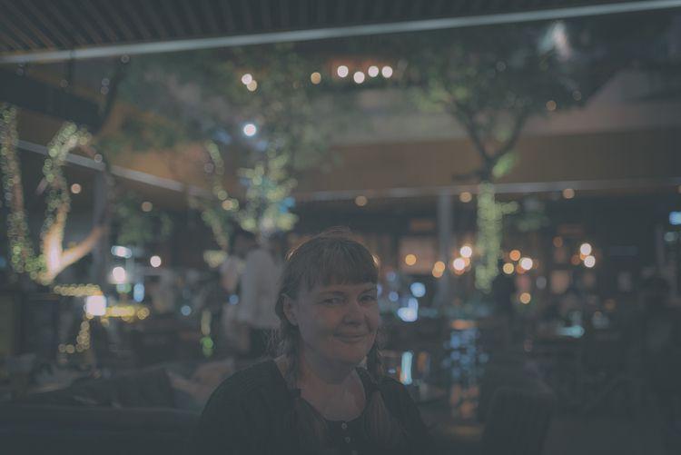 focussed bar - Silvia, Bangkok, Thailand - christofkessemeier   ello