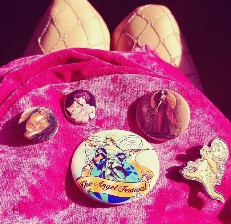Pins, Fishnets, Roses Featuring - kittenteeth | ello