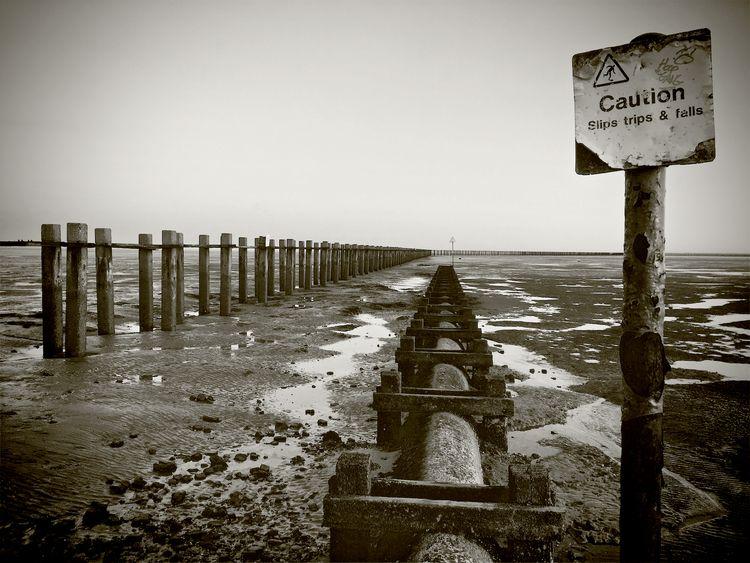 Thames Estuary Shoeburyness, UK - phil_levene | ello