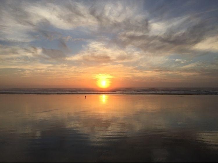 Sunset tide - Newport Oregon - sea - sgehring | ello