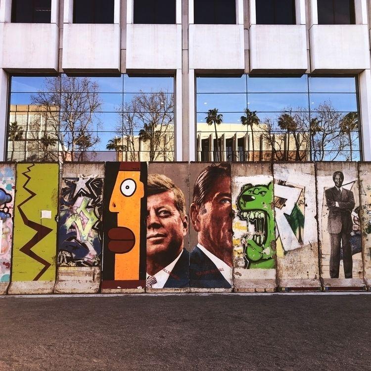 Berlin Wall - Wilshire Blvd LA - revebleu | ello