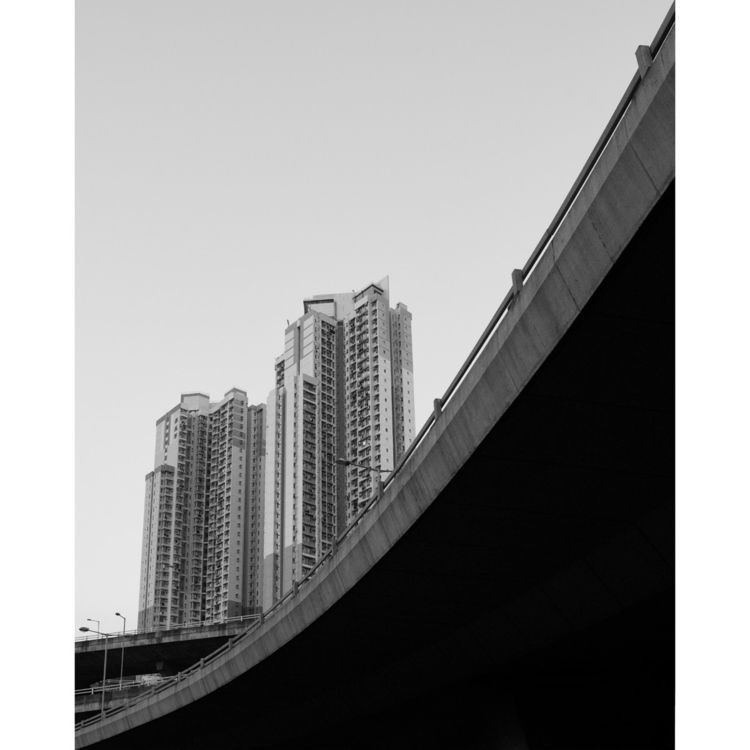 . // Hong Kong ⠀⠀⠀⠀⠀⠀⠀⠀⠀ - blackandwhite - livetheshot | ello