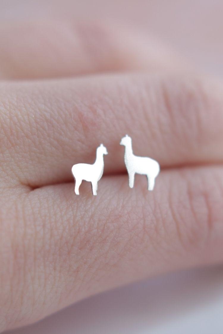 adorable llama earrings :)) ste - stardustmine | ello