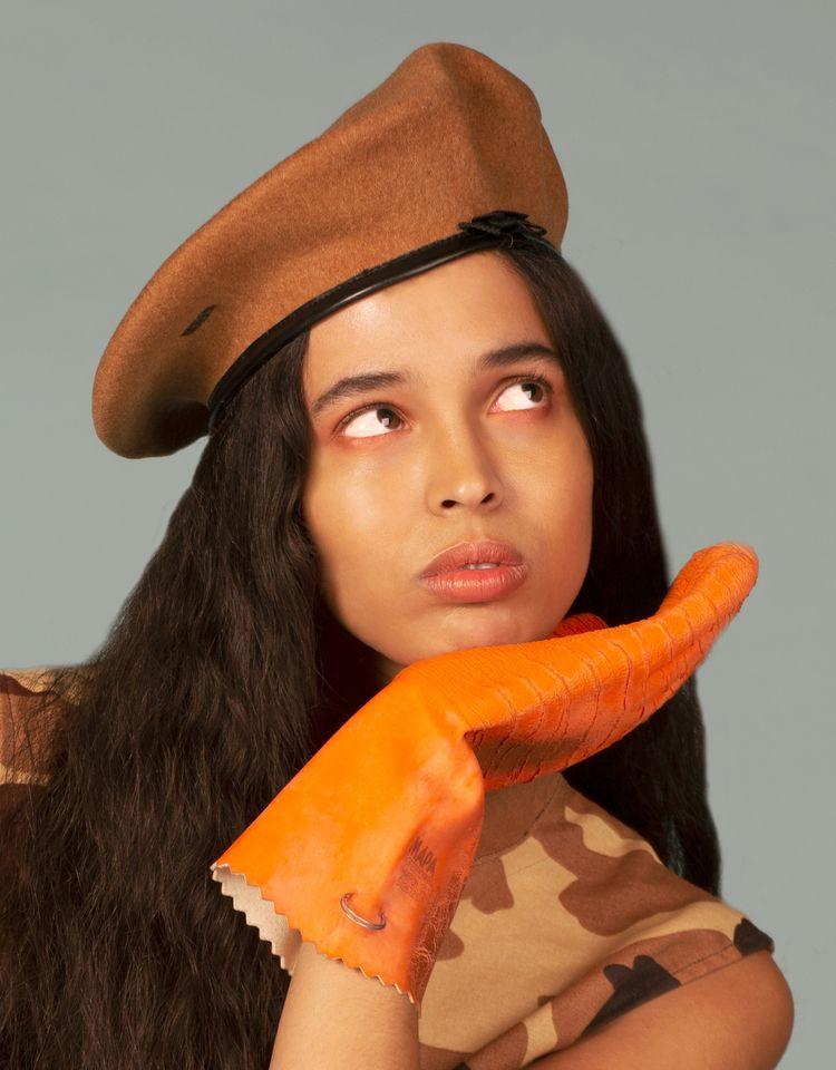 orange - xchiaraglionna | ello
