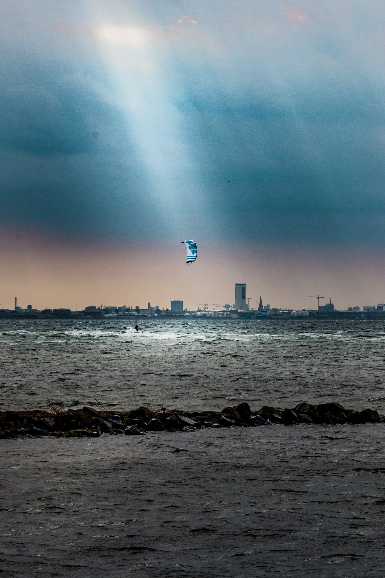 Spot light - kitesport | ello