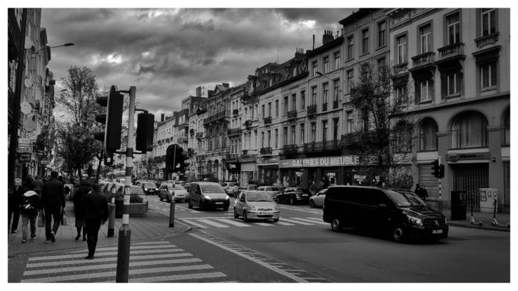 Presque soir en mars, Bruxelles - deadmanhay | ello