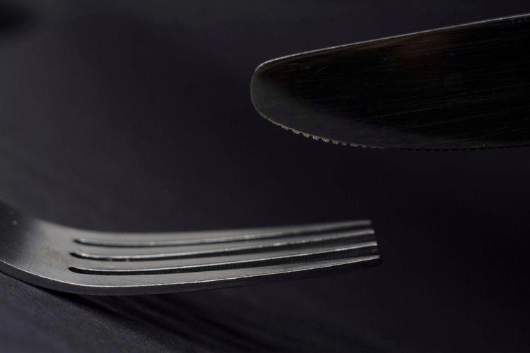Knife fork black white - nolaphotography - twerts   ello