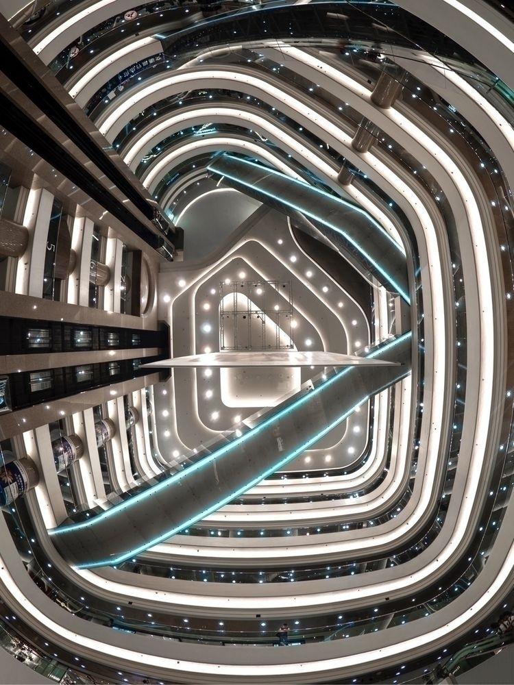 - main atrium Time Square Cause - nlsteven | ello