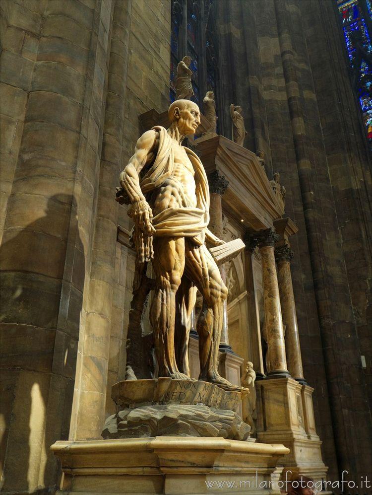Statue skinned St. Bartholomew  - milanofotografo | ello