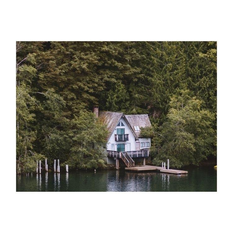 imagine day cabin lake - ivankosovan | ello