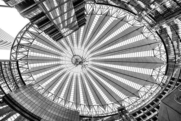 Sony Centre, Berlin 184 4/19 gi - notabene   ello