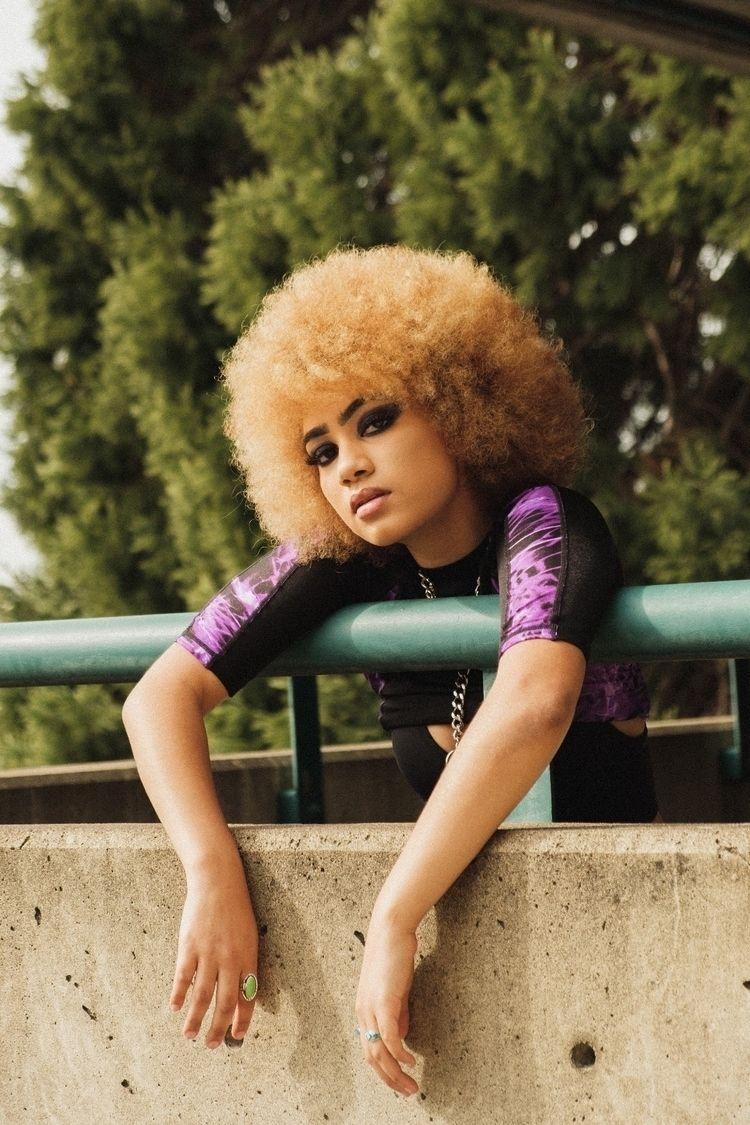 blackmodel, portrait, streetfashion - japhotographs | ello