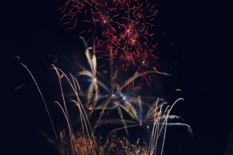 Fireworks - Edinburgh, Scotland - alexlamond | ello