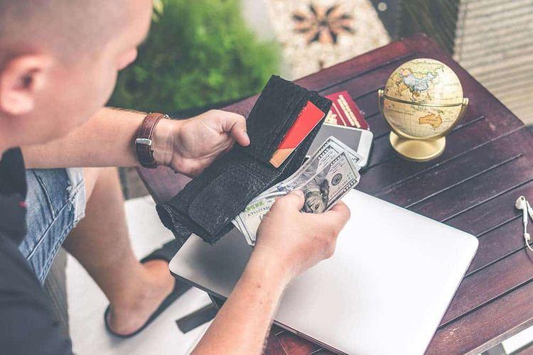earn money traveling writing bl - techfrond | ello