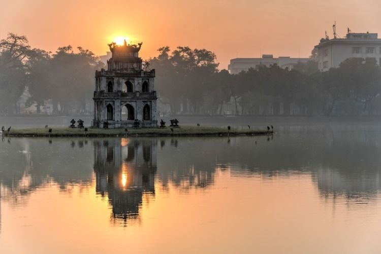 Hoan Kiem Lake - heart Hanoi. f - bichuyensilk | ello