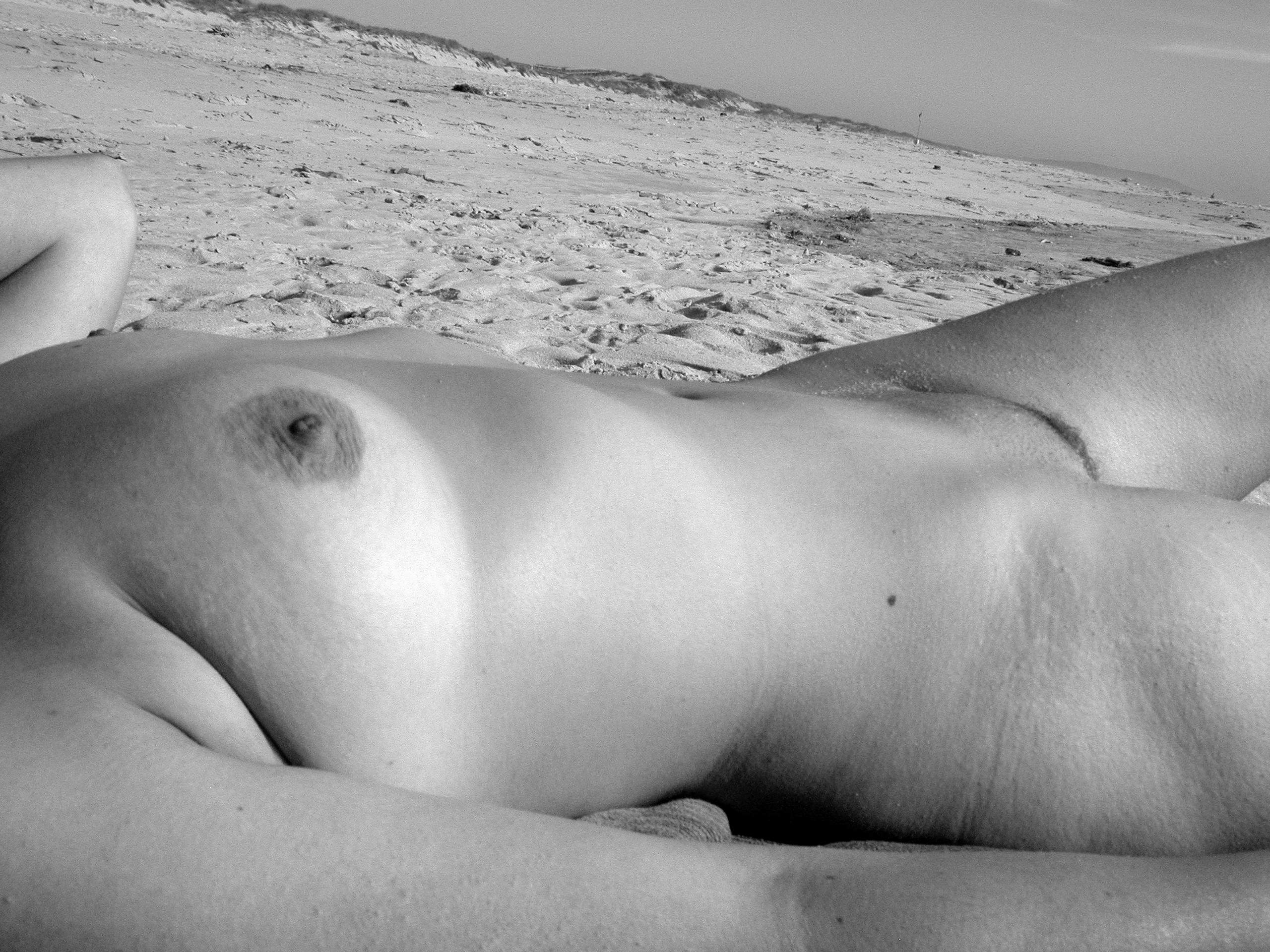 nsfw, nude, beach - picturesof_u | ello