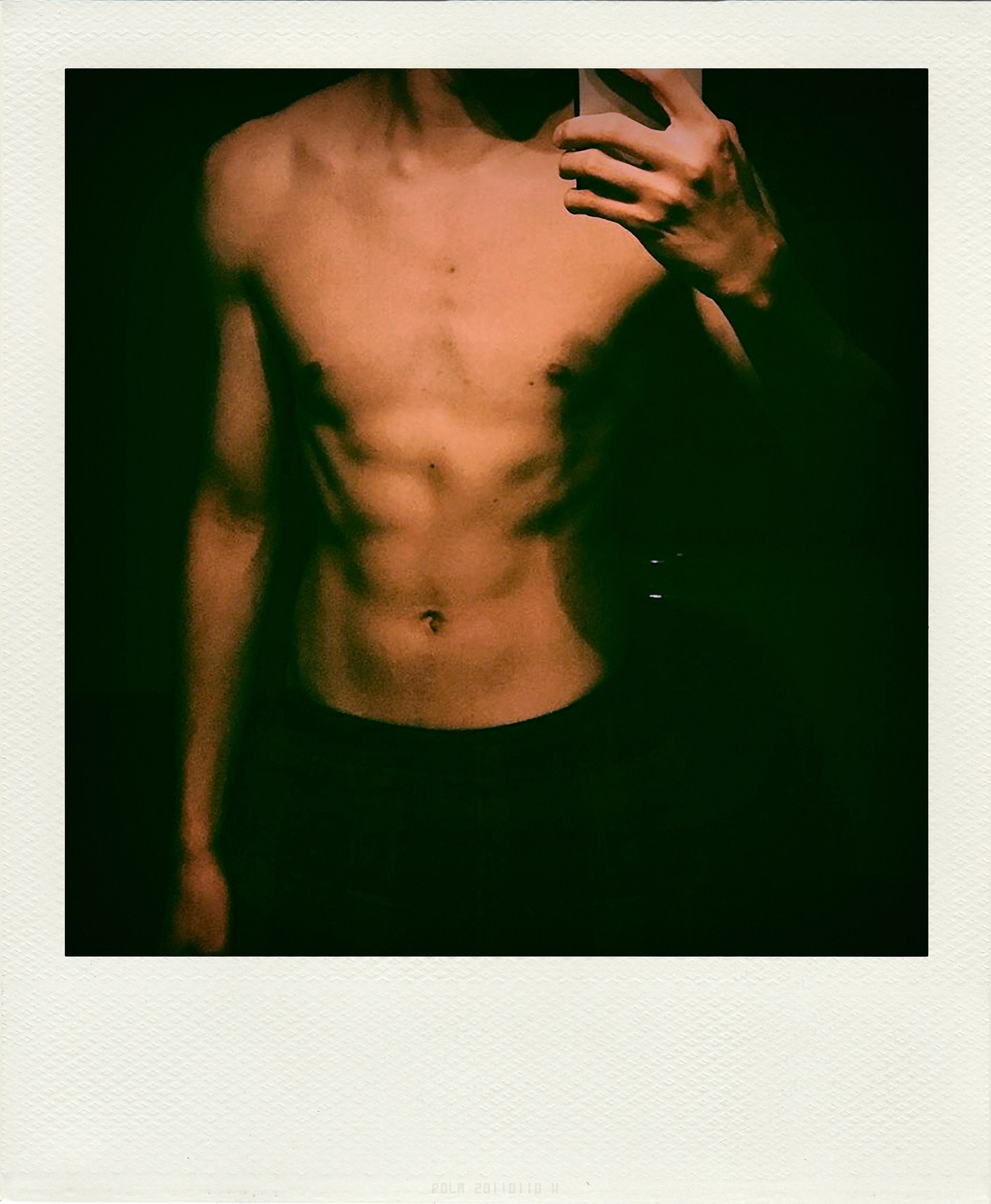 photographie, polaroid, man, shirtless - themaleproject | ello