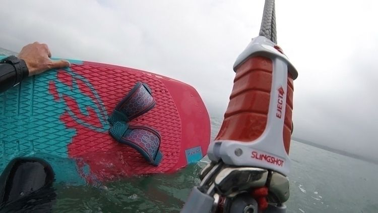 Learning ride hydrofoil kiteboa - oceanromeo | ello