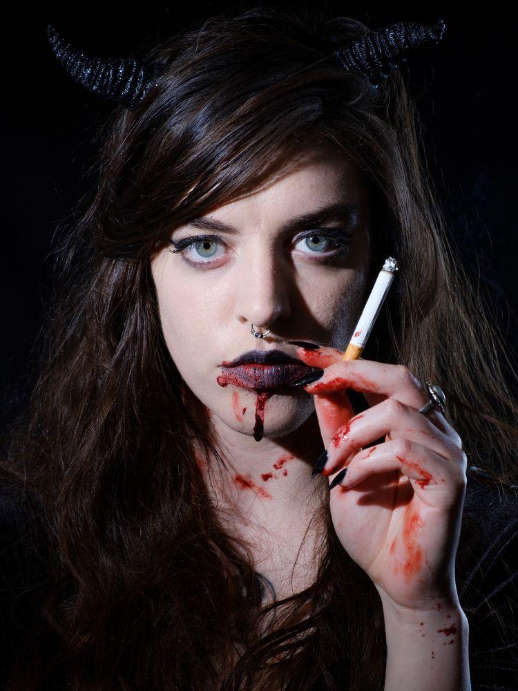 Mistress Dark good - portrait, Blood - japhotographs | ello