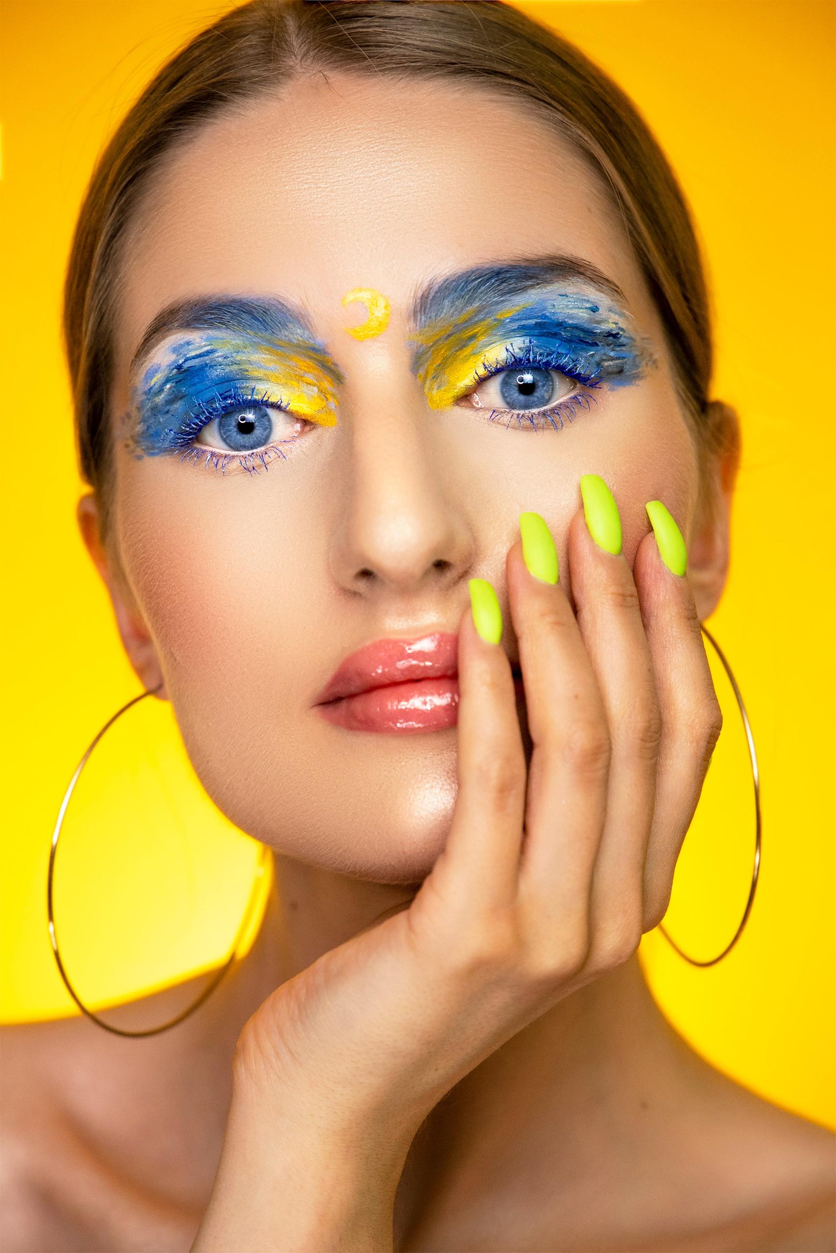 Make-up inspirowany obrazem 'Gwiaździsta Noc' by Vincent van Gogh