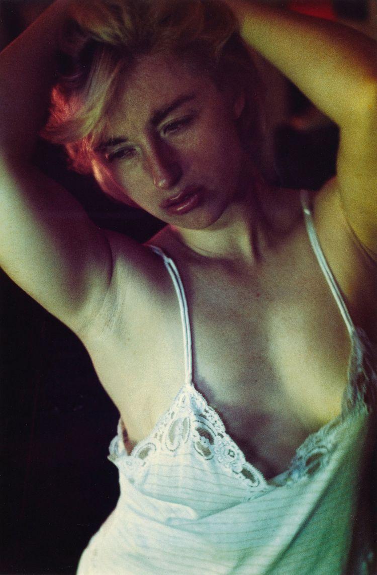 Cindy Sherman, Untitled 1982.  - romporn | ello