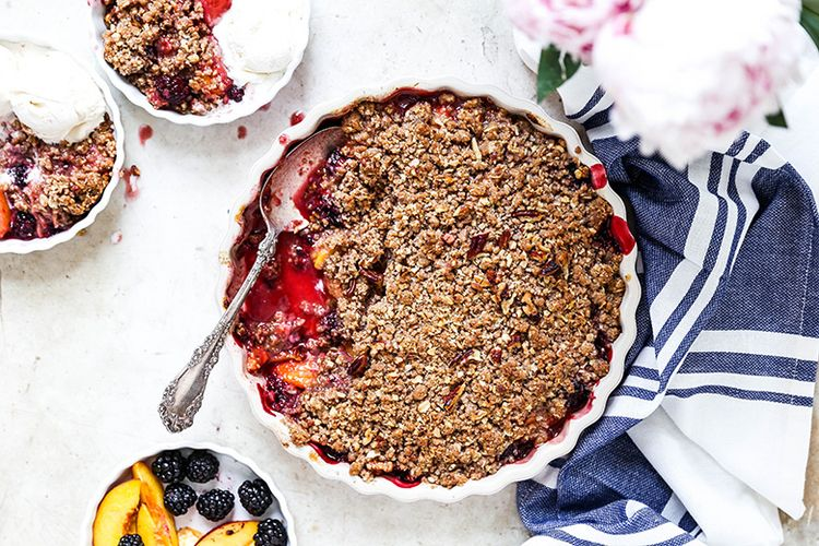 Peach-Blackberry Crisp. ultimat - floatingkitchen | ello