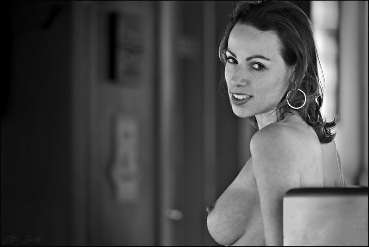 Camille - nsfw, tits, nipple, smile - whatstefansees | ello