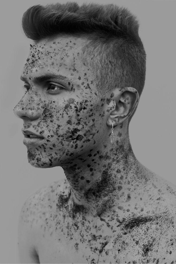 Retrato realizado con café - buprago - buprago | ello