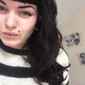 Roxie Mary Mealey (@roxiemarymealey) Avatar