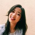 Lara Sim (@larasim) Avatar