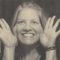 Robyn Wells (@robayre) Avatar