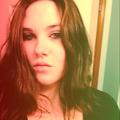 Cora Ungeter (@wrongeradiva) Avatar