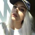Lolabeana (@lolabeana) Avatar