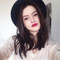 Polly Rodrigues (@pollyrodrigues) Avatar