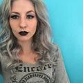 CrystalxFrankie (@crystalxfrankie) Avatar