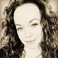 Allison Crowe (@allisoncrowe) Avatar