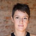 Nicole Tomazi (@nicoletomazi) Avatar